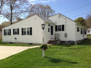 Newly Renovated Cape Cod Get-away in Barnstable!