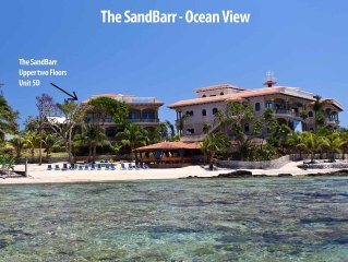 The SandBarr - Luxury Ocean Front 3 Bed/3 Bath Villa with private roof top pool