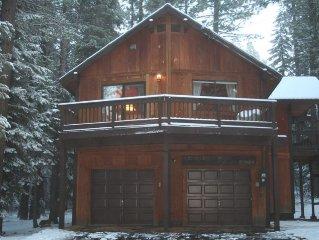 Sunny Sierra Cabin Nestled in the Pines