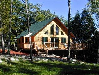 Coastal Lakefront Cottage with Kayak and Canoe