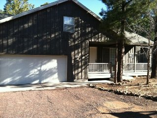 Beautiful Home in the Pinetop Country Club Area with free Wi-Fi