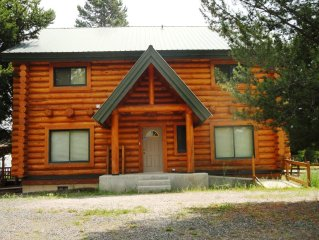 KC Cabin is 19 Miles from gates of YNP - Beautiful Cabin Apartment