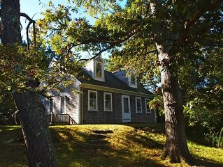 Charming Cottage in Chilmark with Free Ferry Rese
