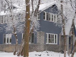 Charming Stone Cottage in Canyon Near Alta & Snowbird