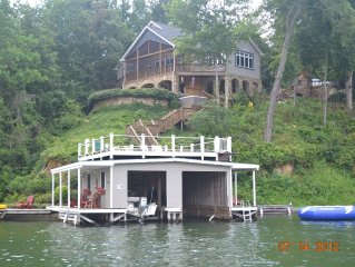 Spectacular Lakefront Home W/ Breathtaking Lake and Mtn. Views