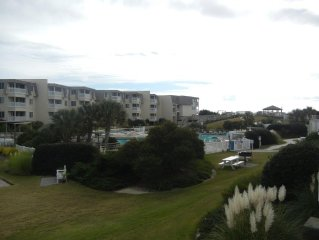 2 Br 2 Bath Condo Oceanfront Resort 2 Pools & Water Slide