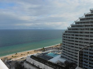 HILTON FORT LAUDERDALE BEACH RESORT STUNNING VIEWS FROM THE 19TH FLOOR
