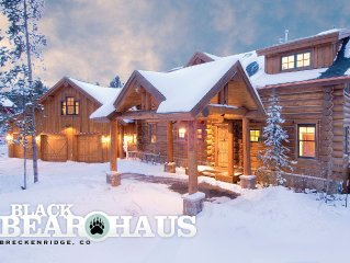 Luxurious Log Home with Pool Table & Hot Tub