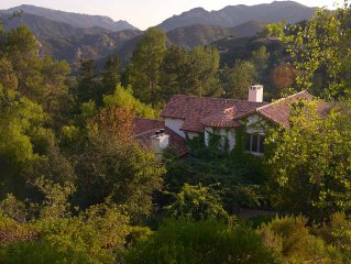 Gorgeous 4000 Sq Ft, 3 Story Villa, On 5 Acres Of Lush Mature Landscapes