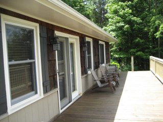 Getaway*Walk to Town*WiFi*Fireplace*Fire Pit*Huge Deck*Watch Our Virtual Tour!*