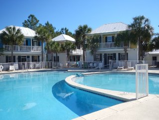 30A bungalow-Everything you need right here.  Great pool, close to the beach.