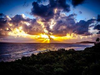 Romantic Oceanfront  Honeymoon Delite Lux-Private Cottage Hotel VIEWS-SPA-BEACH