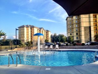 Newly Furnished  2 Bedroom, 2 Bath Condo On Parkway in Pigeon Forge