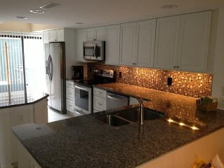 153 THE GREENS, New renovation! Great Rental, Walk to Pool and BeacH