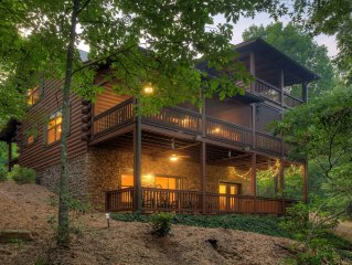 Discover Romantic, Private, Peaceful Log Cabin on Rushing Stream