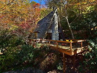 20% OFF–CHALET ALPINE–Luxurious Cabin In Gated Hound Ears Club–FULLY Remodeled