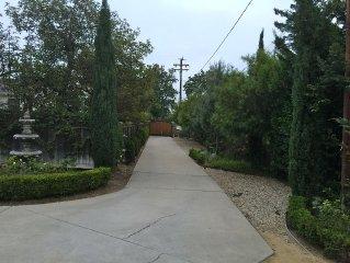 Resort Style, Tuscan Home Close to Shops, 45min to L.a. & 45min to Santa Barbara