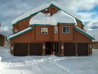 Private Large Chalet True Ski-In Ski-Out Perfect Location, Family/Pet Friendly