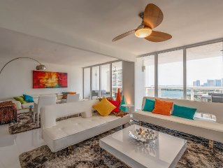 High-End Oversized 2/2 Condo With Miami, Bay, Marina And City Views