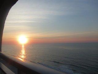 Top Floor Efficency With Awesome Ocean View