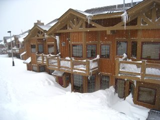 Beautiful mountain slopeside townhome in the exclusive gated Southwind community