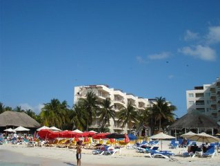 Ixchel Condo --409/410 ***BEST VIEW--OCEAN FRONT ***GREAT PRICE***