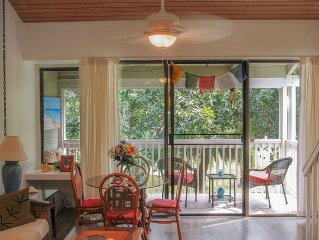 Beautifully Renovated 2nd Floor LOFT At The 17th Tee Turtle Bay/Walk to Beach