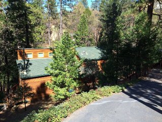 Upscale & Beautiful spacious cabin near Twain Harte with a/c