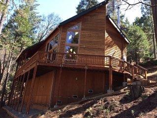 Upscale & Beautiful spacious cabin near Twain Harte with a/c