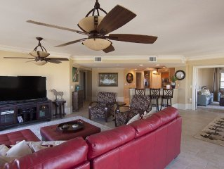 Exquisite Beachfront Condo: pet friendly, 4 balconies, pool, hot tub, SEE PICS!