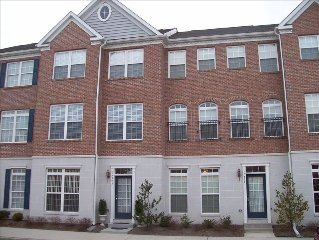 Beach Community Townhome, Perfect Getaway for Your Family