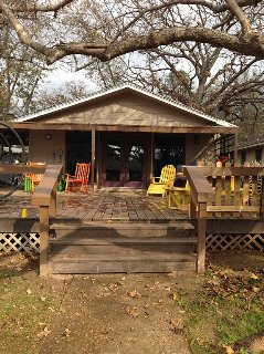 GREAT FAMILY RESORT---AWESOME LAKEHOUSE & AMAZING  BUNK HOUSE-sleeps 12+