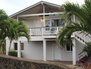 3 Bedroom, Partial Ocean View, with A/C, Close to Hukilau Beach, 30 Day