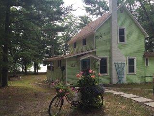 Charming Bass Lakefront Cottage, Walk or Kayak to Beautiful Lake Michigan Beach