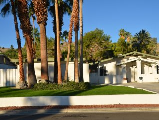 Beautiful Private Paradise, Upper Cove, Gorgeous Mountain Views, Pool, Pets