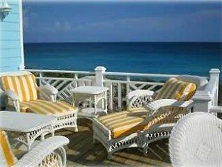 Blue Surf Cottage, Spectacular Direct Oceanfront Rental!
