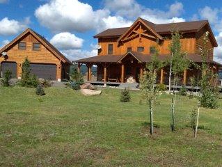 Luxury cabin, STUNNING mountain views, water fun, fishing, boating, Yellowstone!