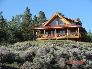 Fantastic Log Home With Fabulous Views Of Colorad