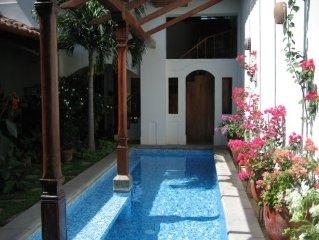 Perla Del Norte-Views and Saltwater Pool in Center of Granada