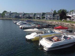 Lake Charlevoix Waterfront, Lake Side Pool, Boat Slip, Free Wifi
