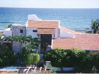Uniquely Private Oceanfront Villa in Akumal - Casa Caribe