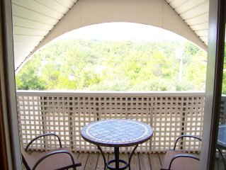 Family Friendly - Private Canal Front Home 8BR - Newly updated for 2017!