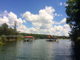 """Hidden Gem"" On Smith Lake, 3 Bedrooms,  2 Baths, Sleeps 10+"
