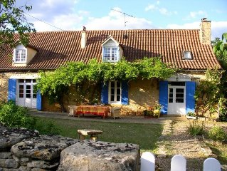 Dream Country Farmhouse with Huge Pool on Beautiful Grounds - Ideal for Families
