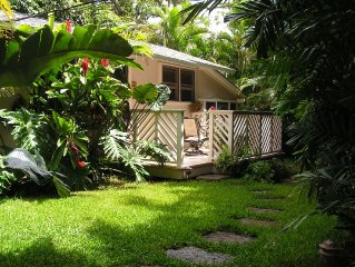 Private Garden Cottage Just Steps To Beautiful Lanikai Beach