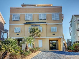 OCEANFRONT 3br+Alcove w Q Bed, 2.5 Ba