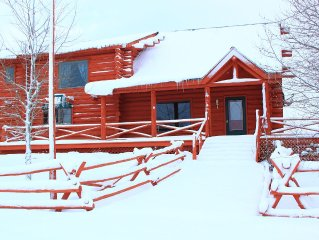 Gorgeous 3 Bedroom Multi-Level Log Cabin With Grand Teton Views!