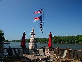 Lake Front...Sleeps 17 in Beds with Plenty of Room for All