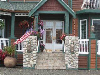 Steps From The Beach & Pet Friendly. GIFT CERTIFICATES AVAILABLE NOW, JUST CALL