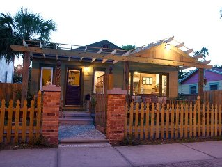 Beach Breeze Bungalow In The Heart Of Gulfport's Historic Waterfront District